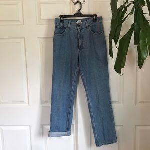 🆕LL Bean high rise mom jeans